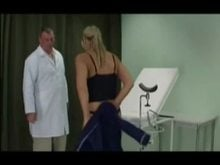 Doctor Punishes the Pussy