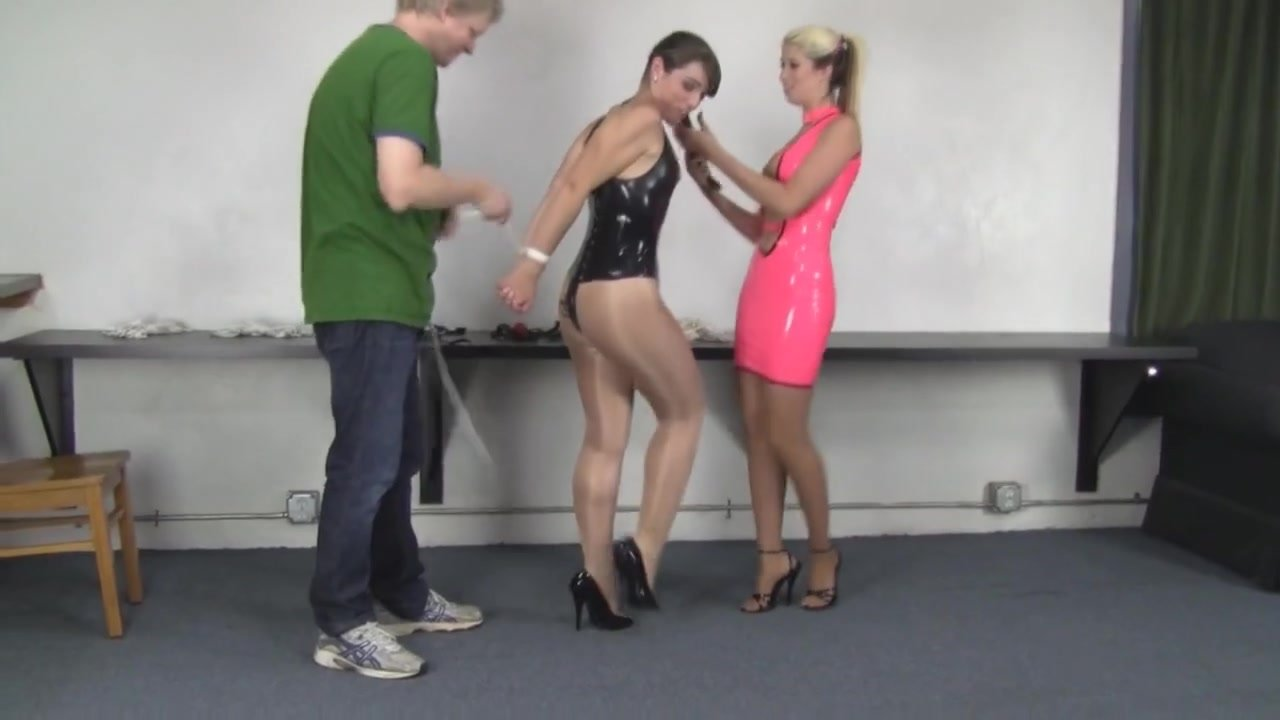 Panel gagged girls bound in latex