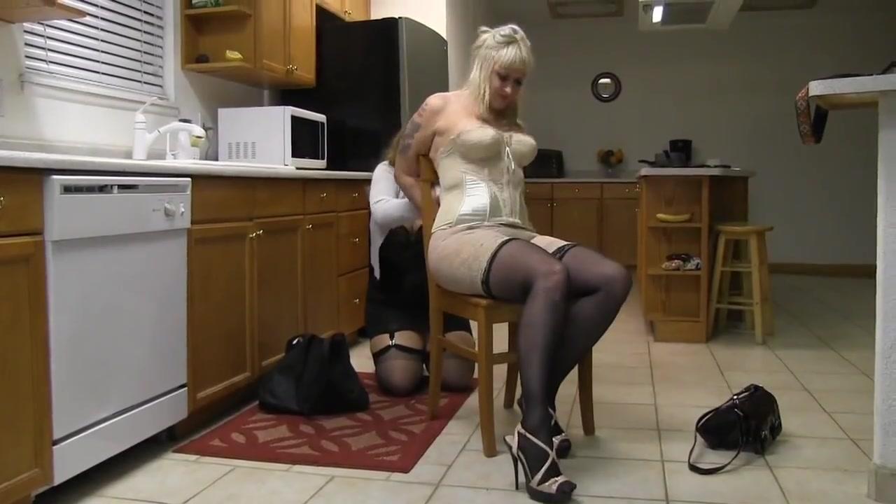 Julie Simone in the kitchen