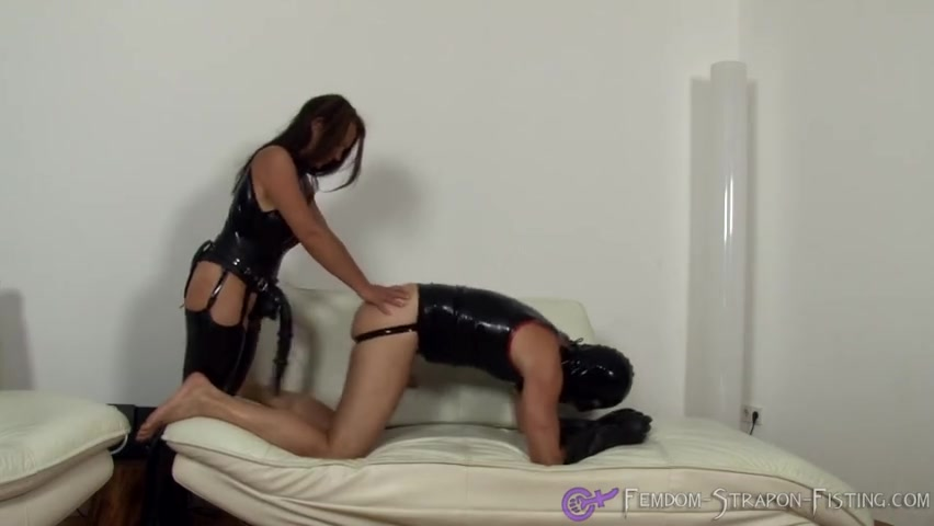 Extreme Strapon with Mistress Angelina
