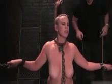 Slave in Chains - Bella Rossi