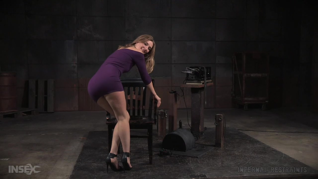 Mona Wales - Sybian and Head Fucking Machine