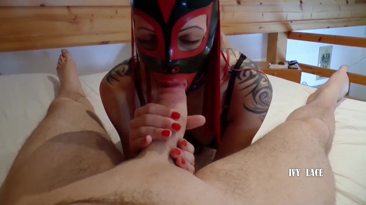 oral sex in Latex Hood