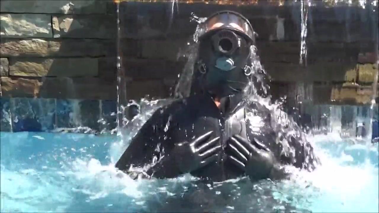 Latex and gas mask pool masturbation