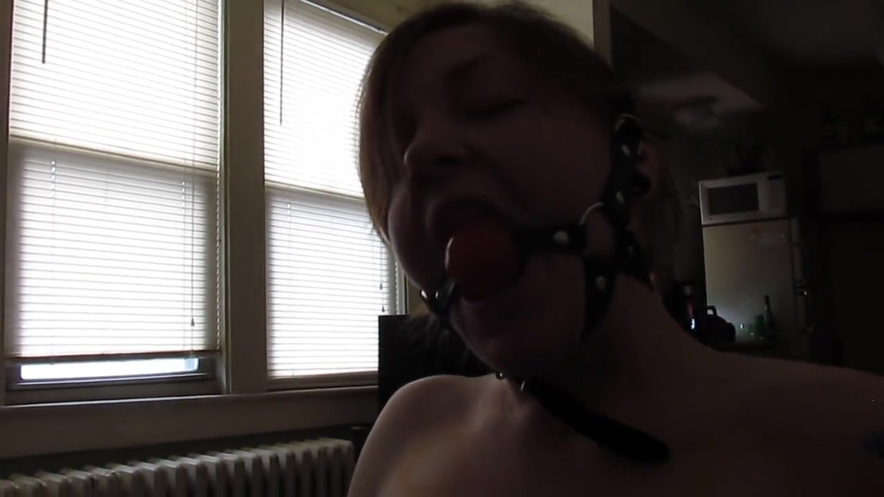 Ballgagged schlong pleaser