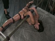 Flexible Sub woman tightly Restrained