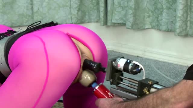 Anal hooked for the fucking machine