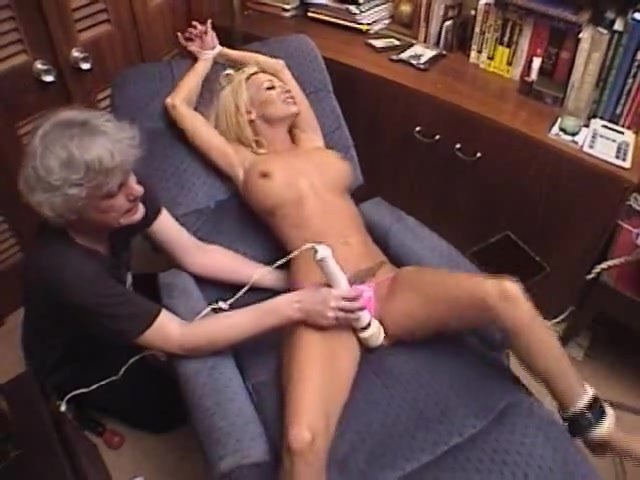 Edging with the wand - climax Denial