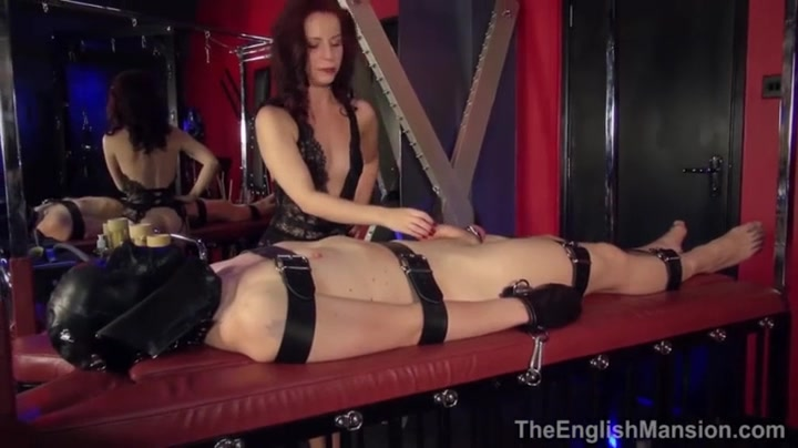 Mistress Lola Ruins cumming