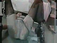 Sklavin gefistet - German