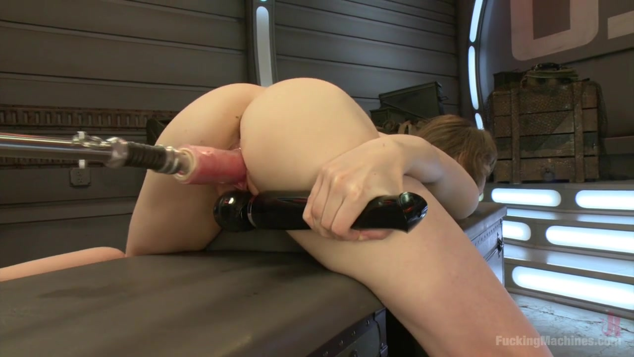 Squirting from fucking machine