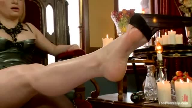 Foot Worship Lezdom