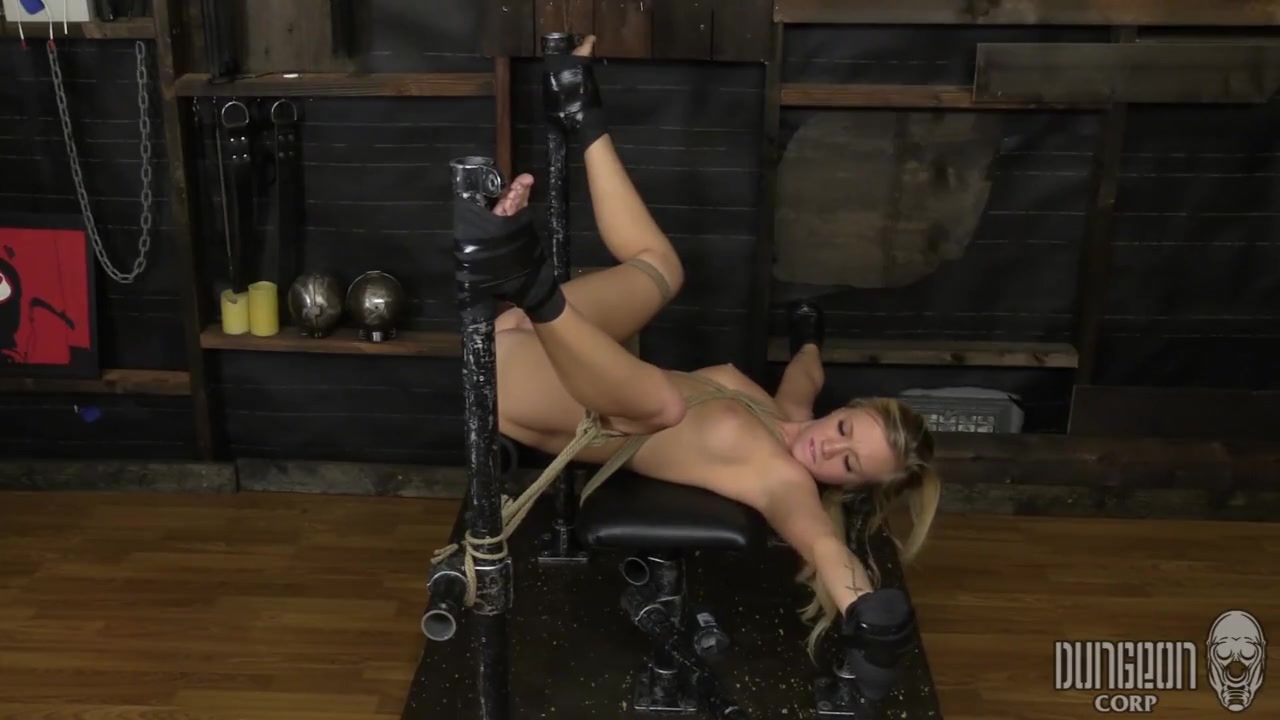 Bailey Brooke - cunt Play