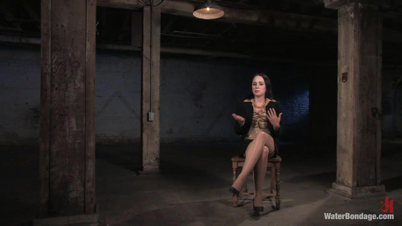 Alexa Von Porn alexa von tess vs jennifer dark - videos - hcbdsm