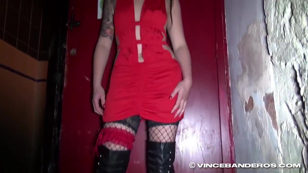 Bar slut - Humiliation and Use