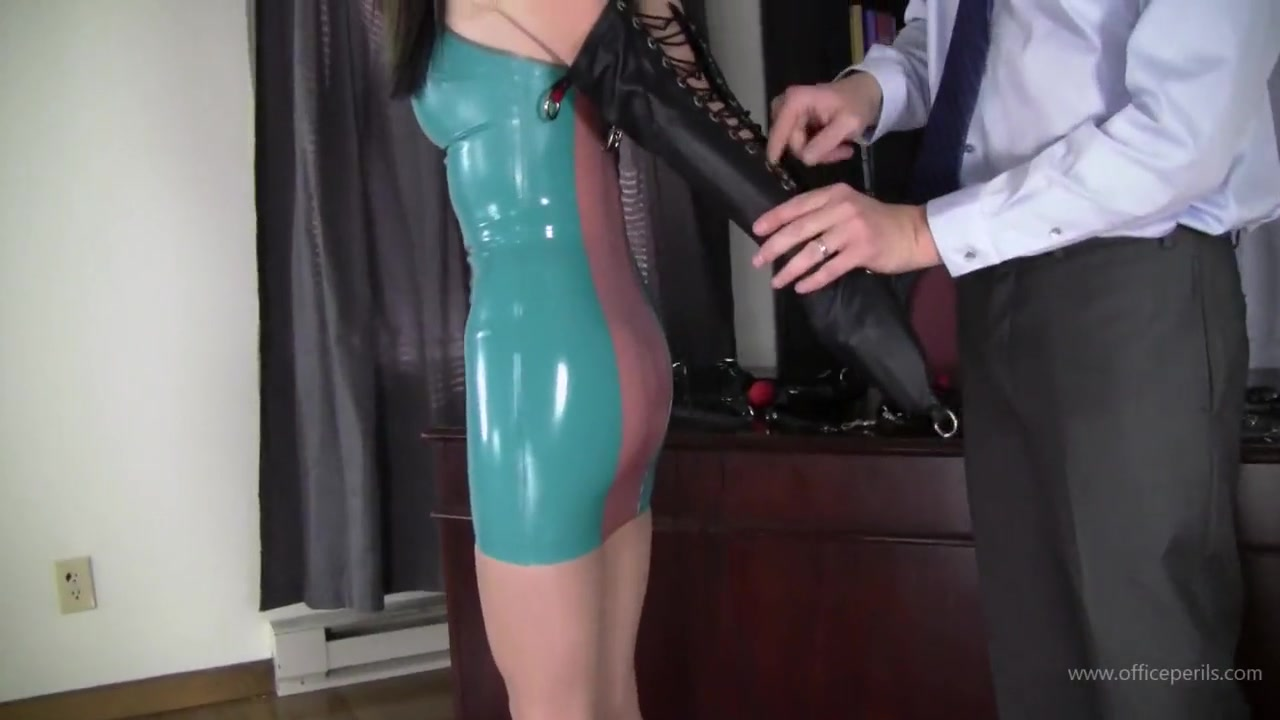 Nichole Skye Gagged in Latex