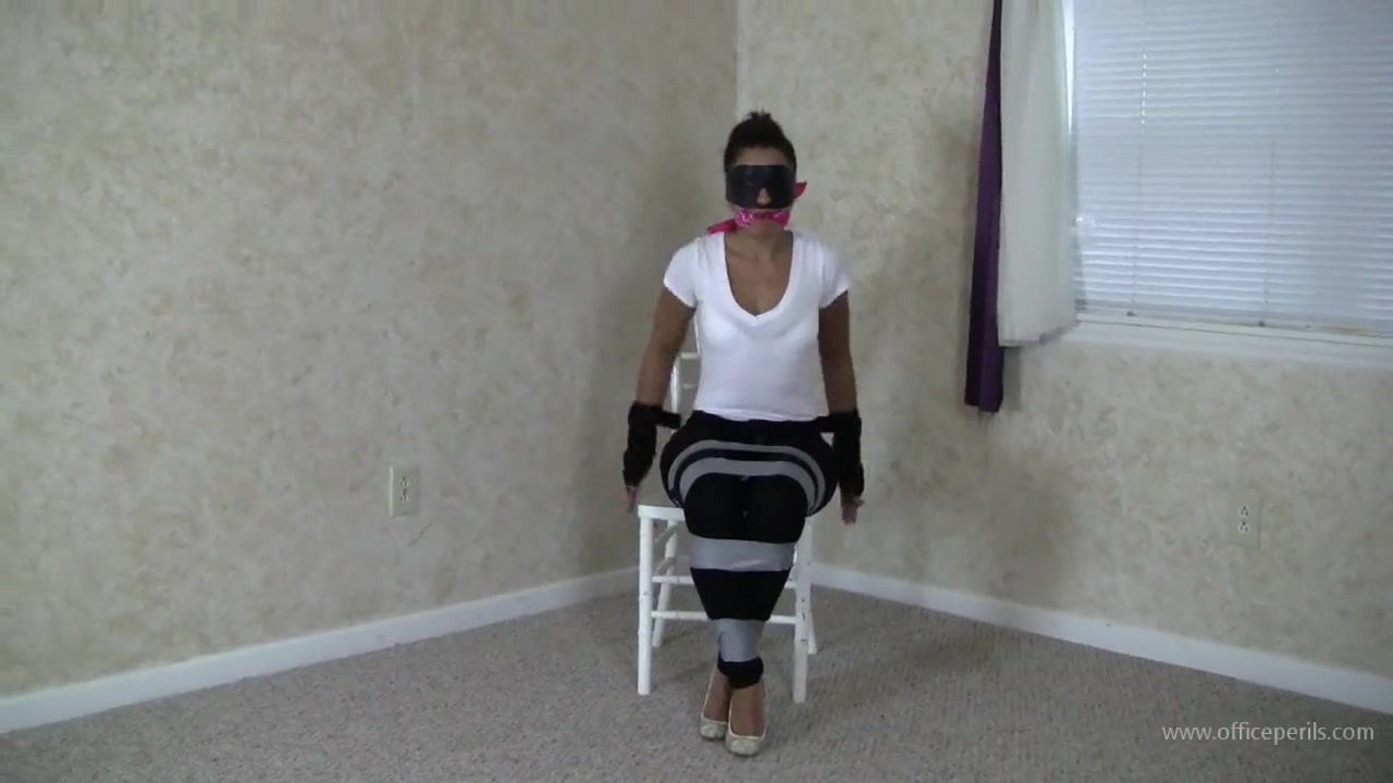 Sahrye Blindfolded and Chairtied