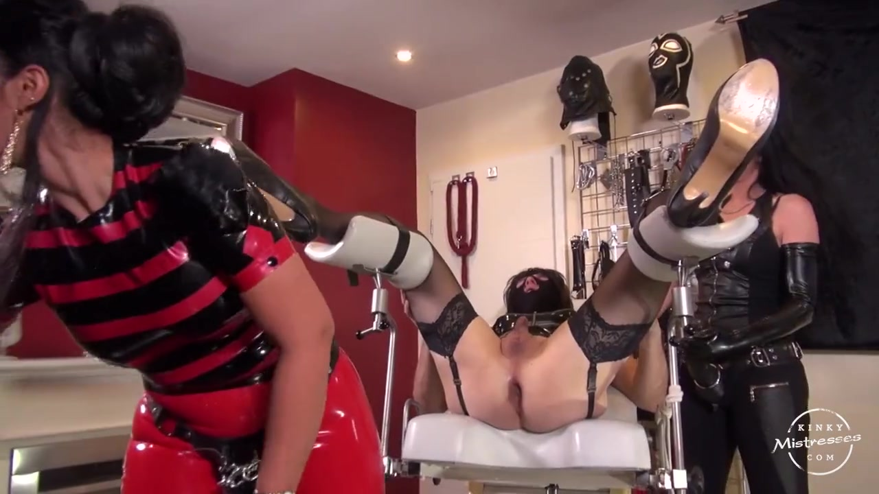 Anal girl pegged on the gyn chair