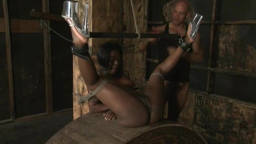 ebony broad in Dungeon - Part 1