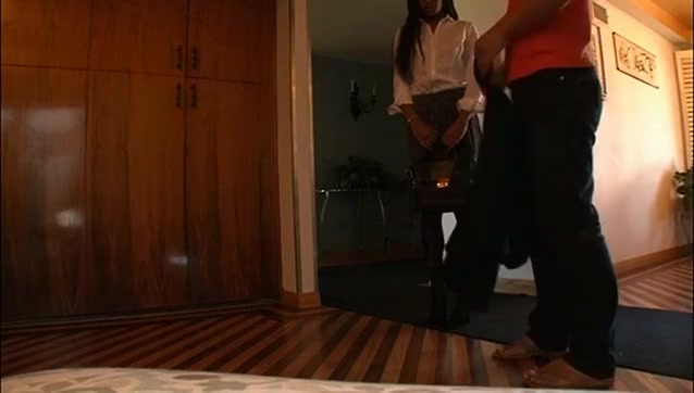 black Submissive girl for Japanese Doms