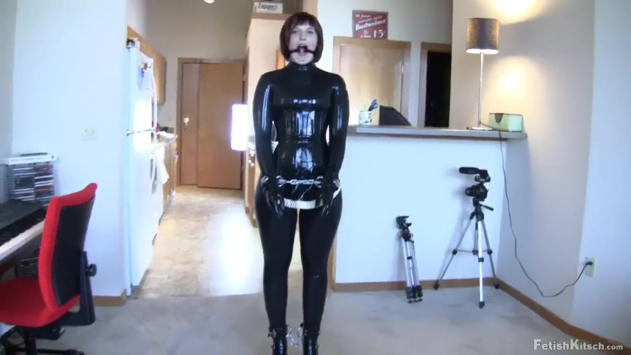 Latex Slave at Work