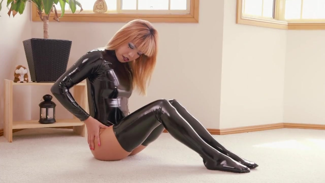 Latex self Bondage