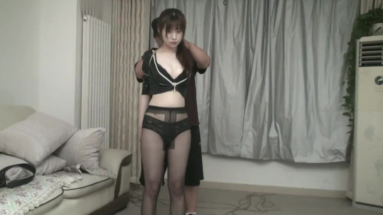 Tightly Bound Asian Teen