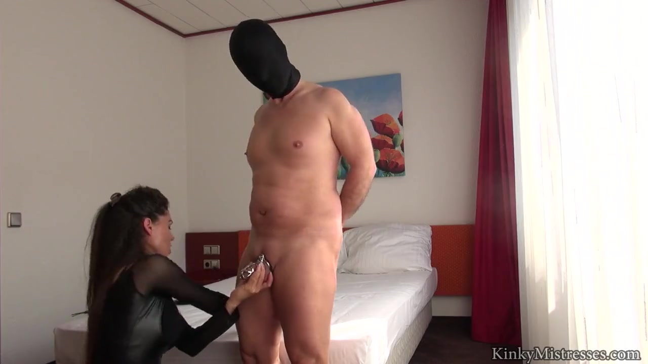 Susi's Slave in Chastity - German