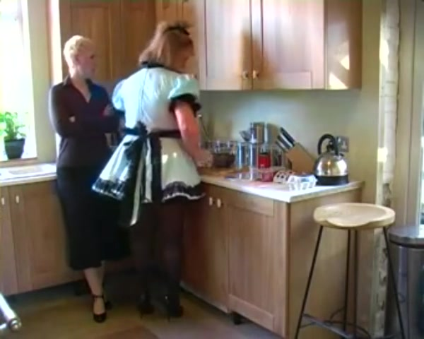 Kitchen Duties of Sissy Bitch