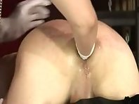 Slave fisted in Humbler