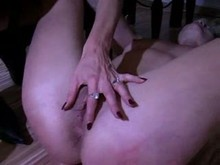 Lesbian Pussy Whipping - Amateur